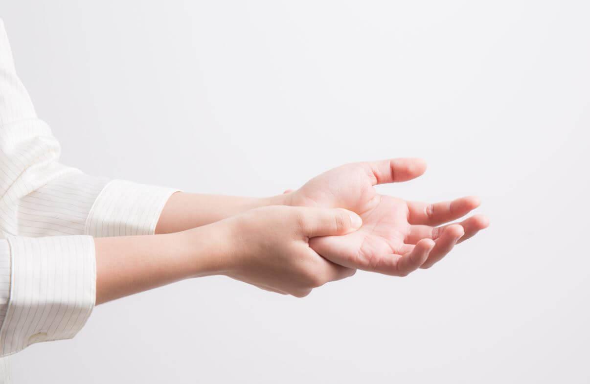 milyen. vitaminokra van szükség az ízületi fájdalmakhoz)