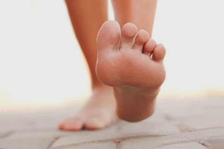 a jobb láb nagy lábujjának ízületi fájdalma