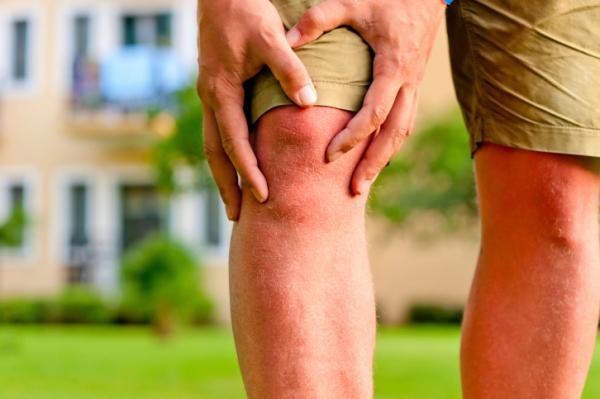 miért térdfájdalom