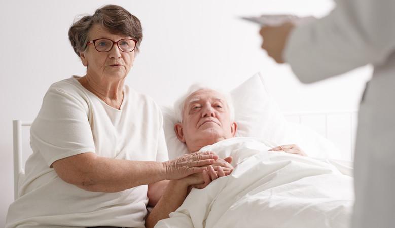 rosszindulatú daganatok és ízületi fájdalmak)