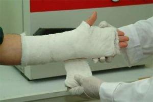 fájdalomtörés a vállízületben)