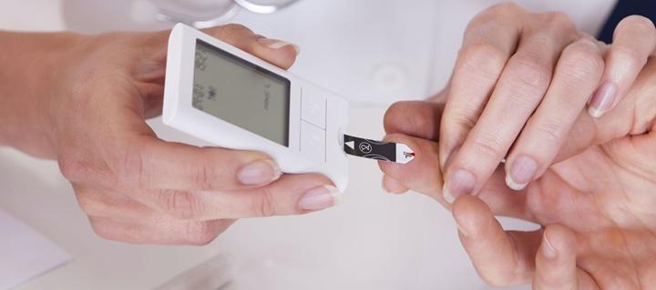 2. típusú cukorbetegség fájó térdízületeket