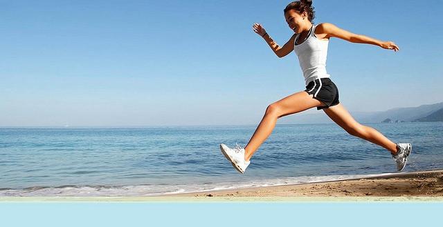 fájdalom a jobb lábán a csípőízületben a pataízület gennyes gyulladása