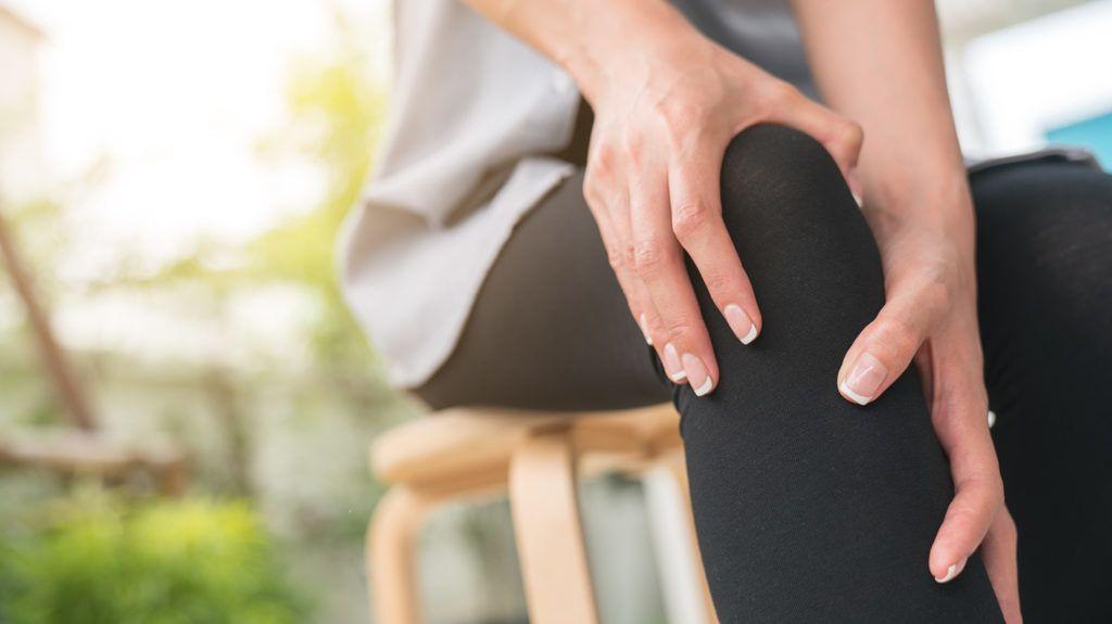 fájdalom a clavicularis vállízületben