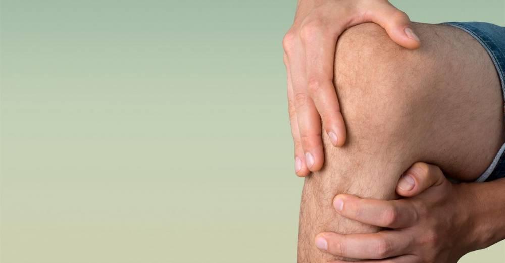 fájdalom a hátsó térd kezének ízületeiben