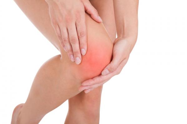 fájó térdfájdalom járás közben