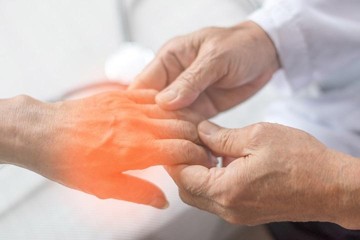 csípő fájdalom zsibbadt ujjak
