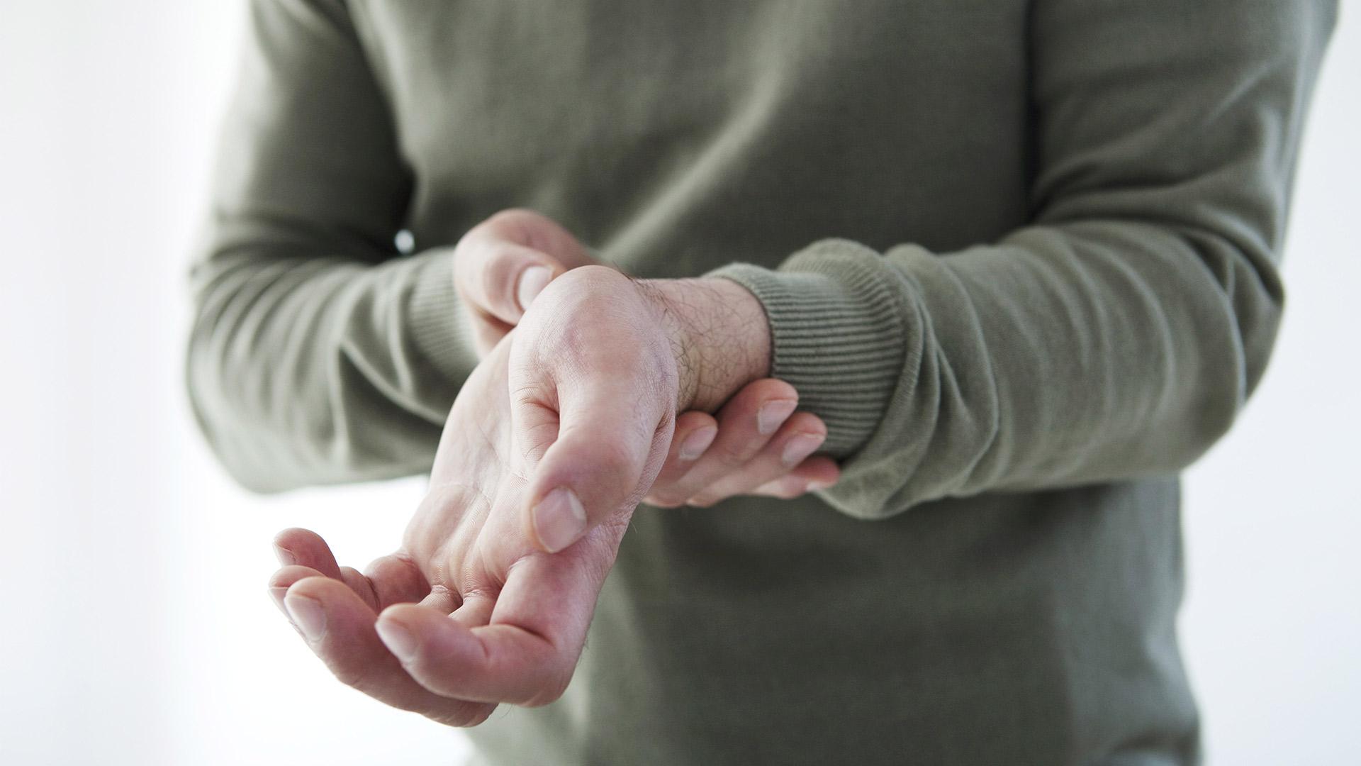 az ujjak falai ízületeinek gyulladása)