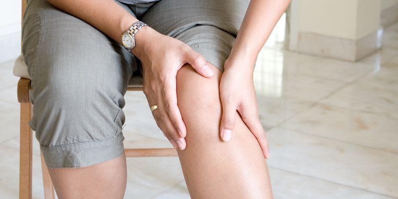 éles térdfájdalom guggolás közben
