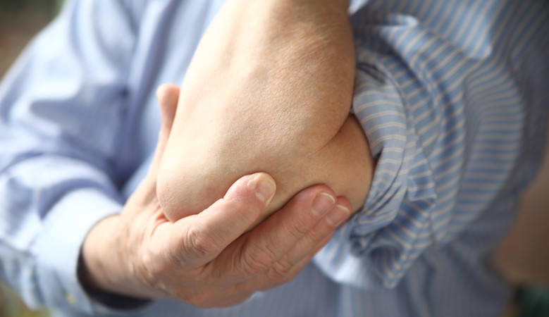 könyök ízületek fáj kezelést