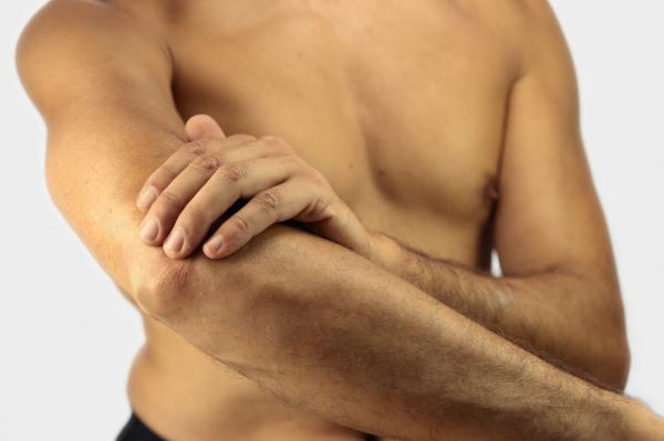 fájdalom a könyökízület külső részén