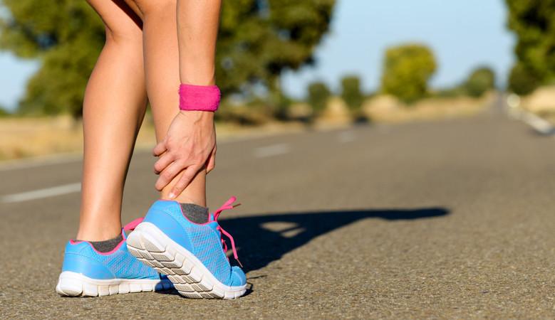 futó fájdalmak a térdízületben