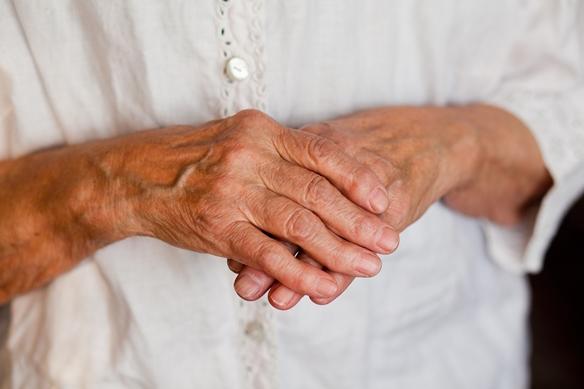 a kezek ízületeinek növekedése