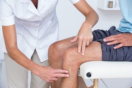 a térd gyulladásának típusai térdfájdalom változó időjárási viszonyok között