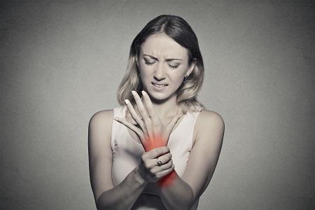 ízületi gyulladás karját mit kell tenni